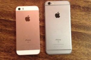 iPhone SE 第1世代 (左)とiPhone6 (右)